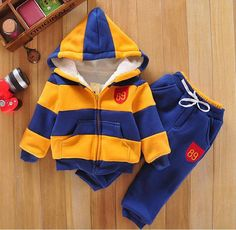 54460fc45 baby sports suit jacket sweater coat & pants thicken kids clothes set  2014 Hot sell