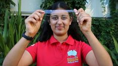 """Teen Invents Biodegradable """"Plastic"""" That Decomposes In 33 Days Using Prawn Shells And Silk Cocoon Protein"""