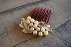 1950s pearl HAIR COMB