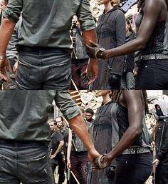 "Rick and Michonne. The Walking Dead S07 E10 ""New Best Friends"". Season 7 Episode 10. #richonne"