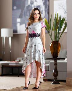 vestido longuete floral Cute Dresses, Beautiful Dresses, Casual Dresses, Short Dresses, Fashion Dresses, Kurta Designs, Moda Outfits, Spring Dresses, Lace Tops