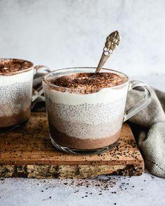 Vanilla Chia Pudding, Protein Pudding, Chocolate Chia Pudding, Chia Pudding Ratio, Keto Chia Pudding, Chocolate Protein, Healthy Treats, Healthy Desserts, Chia Recipe