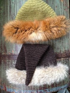 nalbinded hats with fur decorations