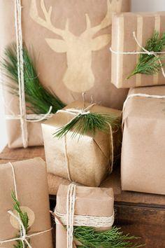 DIY Gold and Kraft Gift Wrap