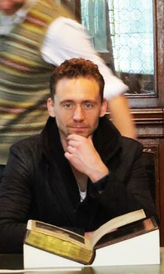 Tom Hiddleston - very cool photo with the motion included