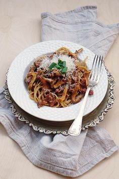 An easy, delicious chantarelle pasta