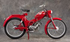 Motor Scooters, Vespa Scooters, Motor Car, Classic Motors, Classic Bikes, Antique Motorcycles, Cars And Motorcycles, Puch Moped, 50cc