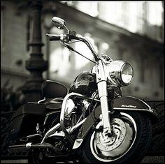 Motorcycle-Photography-Road-King.jpg (526×524)