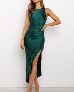 Hot sexy backless split fur retro dress, fashion dresses for women. Satin Midi Dress, Maxi Dress With Slit, Satin Dresses, Sexy Dresses, Wrap Dress, Formal Dresses, Sheath Dress, Vestidos High Low, Maxi Robes