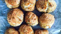 Rustiikkiset ja rapeakuoriset sämpylät on todella helppo valmistaa. Food Inspiration, Baked Potato, Baked Goods, Recipies, Muffin, Rolls, Healthy Recipes, Healthy Food, Baking