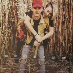 They are in love Love, a wonderful thing Let You Go, Baby Bar, Bars And Melody, Future Boyfriend, I Love Him, Relationship Goals, Leo, Guys, Youtubers