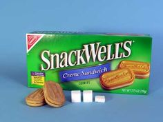 Snackwell Creme Sandwiches   2 cookies (25g)   Sugars, total:9g   Calories, total:110   Calories from sugar:36