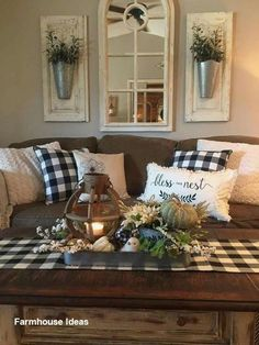 Home Living Room, Living Room Furniture, Living Room Designs, Apartment Living, Furniture Stores, Rustic Apartment, Country Living Room Rustic, Living Room Crafts, Rustic Couch