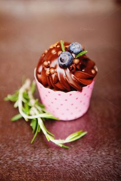 Blueberry cupcacke by marikasan #food #photography