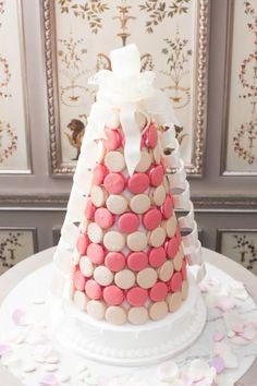 ... montée on Pinterest  Mariage, Wedding cakes and Orange chevron