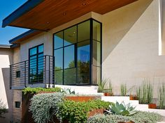 Exterior Entry of the House on the Corner Residence #contemporary #modern #architecture #austintx
