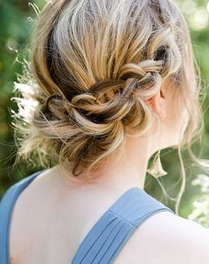 11 Seriously Chic Bridesmaid Hair Ideas for Your Non-Basic Wedding Party – 11 S… – babyshower Cool Haircuts, Cute Hairstyles, Braided Hairstyles, Wedding Hairstyles, Bella Hadid, Bridal Hair, Hair Wedding, Wedding Beauty, Party Wedding