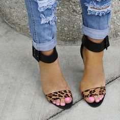 Pinned for the Leopard shoes or pink toes? Both win!