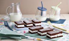 Scopri la ricetta Merendine al cacao con crema al latte con elenco ingredienti. Prepara Merendine al cacao con crema al latte con i prodotti Paneangeli acquistabili sull'ecommerce.