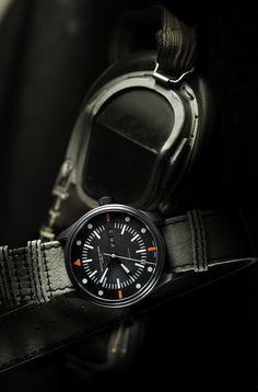 Maurice de Mauriac Automatic Modern military pilot watch with fabric strap. Swiss Luxury Watches, Swiss Made Watches, Modern Watches, Casual Watches, Luxury Watches For Men, Dream Watches, Sport Watches, Men's Watches, Fancy Clock