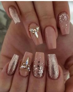 35 simple ideas for designing wedding nails - Edeline Ca. - 35 simple ideas for designing wedding nails – Edeline Ca. – 35 simple ideas for designing wedding nails – Sexy Nails, Glam Nails, Cute Nails, Pretty Nails, Sexy Nail Art, 3d Nails, Jamberry Nails, Nail Nail, Pretty Eyes