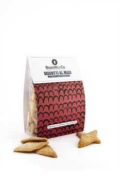 Biscotti al mais are perfect for ending the picnic on a sweet note!