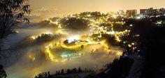 La niebla hace de Quito un escenario de silencios