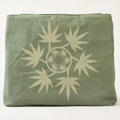Hoja vectorial de planta. Vector plant. Regalos, Gifts. #bolso #bag