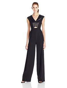 e34a424bd8e Amazon.com  HALSTON HERITAGE Women s Cap Sleeve V-Neck Wide Leg Jumpsuit  with Turn Lock  Clothing