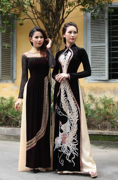 man ao dai co dau - Asian Sci-Fi Royalty Vietnamese Clothing, Vietnamese Dress, Vietnamese Traditional Dress, Traditional Dresses, Asian Fashion, Asian Woman, Designer Dresses, Casual Dresses, Celebrity Style