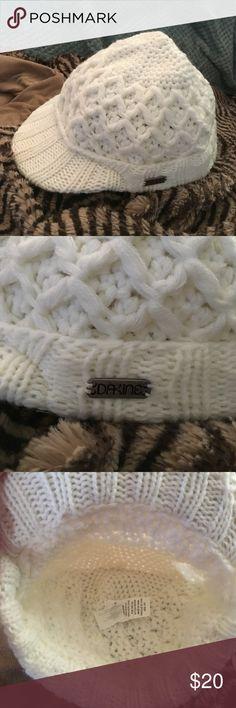 Dakine Beanie White beanie never wore, excellent condition Dakine Accessories Hats