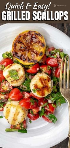 Tender, buttery, flavor-packed grilled scallops will take just 5 minute on your grill pan or outdoor grill! Served over a quick Mediterranean fresh tomato salsa, this scallops dinner is packed with delicious flavor! Easy Mediterranean Diet Recipes, Mediterranean Dishes, Quick Easy Meals, Easy Dinner Recipes, Easy Recipes, Grilling Recipes, Seafood Recipes, Grilled Scallops, Fresh Tomato Salsa