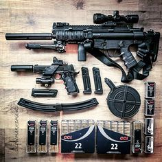 22lr, Mp5, Weapons Guns, Firearms, Knives, Weapons, Revolvers, Knife Making, Knifes