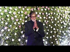 Amitabh Bachchan at Raj Thackeray's Son Amit Thackeray's Wedding Reception. Amitabh Bachchan, Bollywood News, Gossip, Wedding Reception, Interview, Youtube, Wedding Reception Venues, Wedding Reception Ideas, Wedding Reception Appetizers