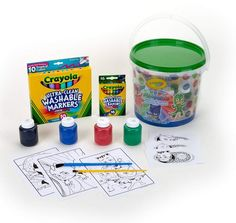 Color your favorite PJ Masks characters and create your very own PJ Mask badges with this Crayola Creativity Kit PJ Masks.