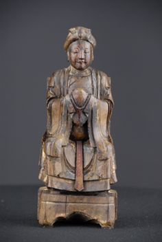 """Wooden statue of a Female Taoist Deity - 19th Century, Taoist / Popular Religions, China - Wood with Pigmentation - 9"""" x 4"""" x 2.75""""  (22.86 x 10.16 x 6.985 cm) (H x W xD)"""