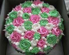 allcupcakestory: Apple Green & Pink Flower Cake