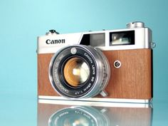 Although it has a strong Canonet-esque appearance the internal construction of the QL17 is totally different to the original making it a very different model. QL stands for Quick Loading, a simple modification that makes the easy process of loading 35mm even more fool proof.