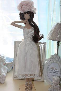 "Купить ""Vintage Rose"" Интерьерная кукла - бежевый, винтаж, роза из шелка, кукла, кукла текстильная"