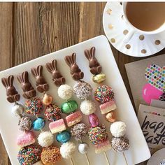 741 Likes 17 Kommentare Louisa @ littlebigcompany ( auf Insta… - Easter Easter 2020, Easter Parade, Kebabs, Easter Treats, Easter Candy, Easter Snacks, Easter Food, Easter Decor, Snacks Für Party