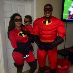 The Incredibles Family Costume  sc 1 st  Pinterest & The Incredibles Family Costume | Family Halloween Costumes ...