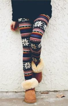 Colourful and flowery leggings with warn boots for fall