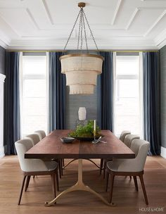 Silvery blue grasscloth wallpaper and ombre drapery make the dining room cozy Photographer Alex Lukey Designer Erin Feasby Cindy Bleeks Feasby Bleeks Design Dining Room Wallpaper, Dining Room Walls, Dining Room Design, Dining Room Furniture, Dining Room Colors, Dining Decor, Modern Furniture, Furniture Design, Wall Paper Dining Room