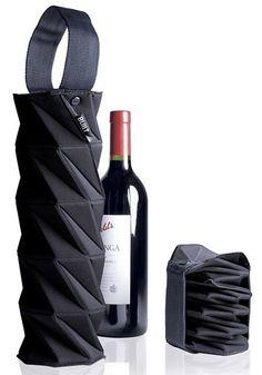 intelligent product design: origami wine tote - foldable wine bag in black… Cool Packaging, Bottle Packaging, Brand Packaging, Packaging Design, Innovative Packaging, Branding Design, Origami Rose, Diy Origami, Origami Bag