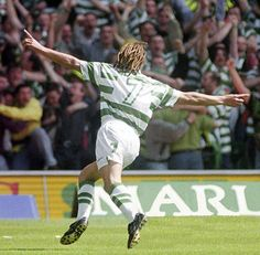 You know you're getting on when you hear Henrik is 43! pic.twitter.com/WvtzL0mSUI