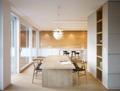 PH Snowball pakabinami šviestuvai. Dizainas Poul Hennigsen #burnazzi-feltrin-mp-apartment-04