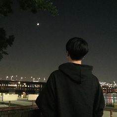 ulzzang and ulzzang boy image Couple Ulzzang, Korean Boys Ulzzang, Cute Korean Boys, Asian Boys, Ulzzang Girl, Night Aesthetic, Aesthetic Boy, Aesthetic Korea, Tattoo Korean