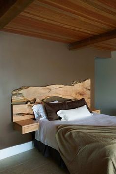 A rustic but modern headboard is can completely change your bedroom and it is very easy to make. Many of people think that headboard is useless and added expense. But the fact, bed is furniture… Home, Reclaimed Wood Headboard, Live Edge Headboard, Bedroom Furniture, Modern Log Cabins, Bedroom Design, Home Bedroom, Rustic Bedroom, Home Decor