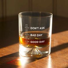 Good Day, Bad Day Tumbler - It's easy to let people know what sort of day you've had with the Good Day, Bad Day Tumbler without opening your mouth. When you've had a day so bad that you just don't want to talk about it, just show them your glass!