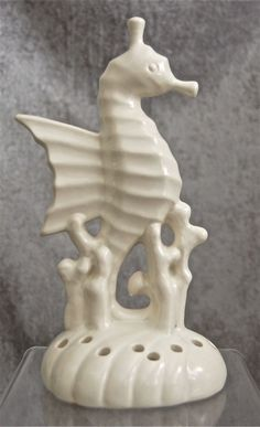 Rare Red Wing Pottery Seahorse Flower Frog #1042, Ivory from